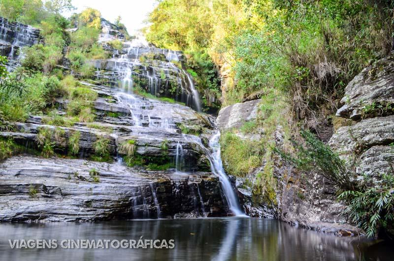 Carrancas: Cachoeira Véu de Noiva