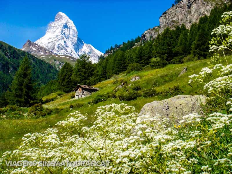 Cenários quase surreais de tão perfeitos são o destaque, como esse com vista para o Matterhorn