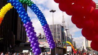 Maior festa de manifestação de orgulho LGBT do país, Parada contará com 17 trios