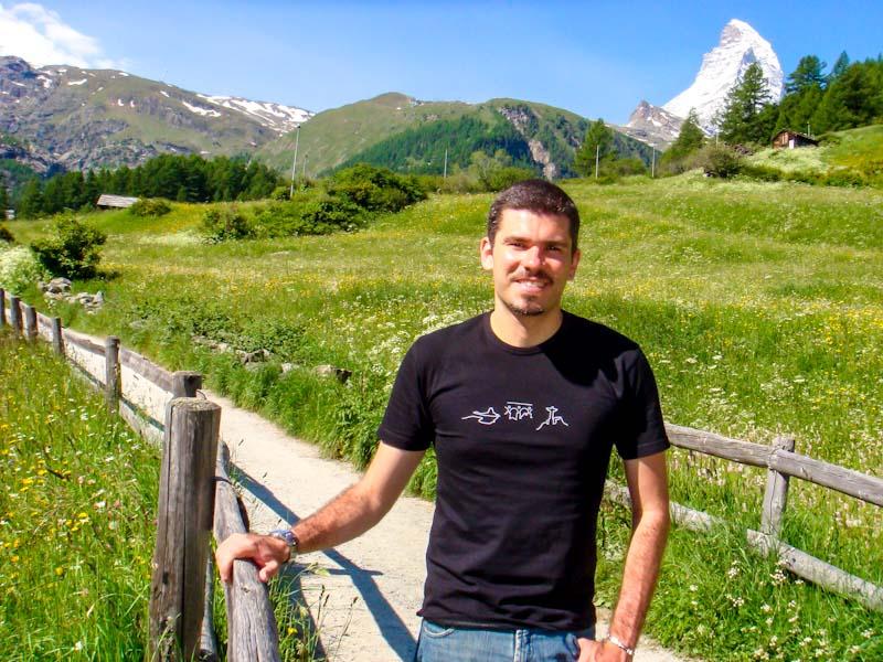 Enquanto o Cleber trabalha, tive que manter o ritmo de viagem e fui sozinho para a Suíça