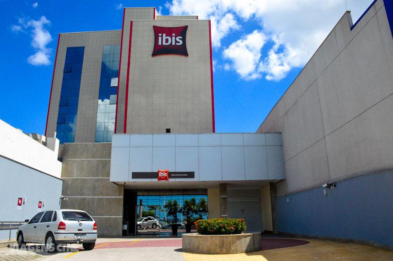 Onde Ficar em Vitória: Hotel Ibis Praia do Camburi