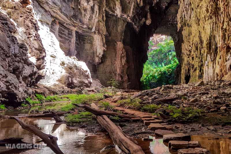 Peruaçu Cavernas: Gruta do Janelão