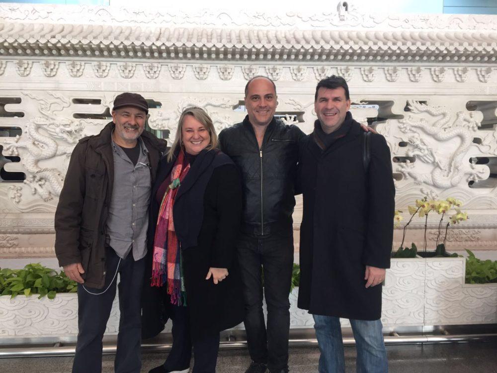 Roberto Berliner, Fernanda Bulhões, Paulo Tiefenthaler e Ederaldo Kosa no Festival do Cinema Brasileiro em Pequim